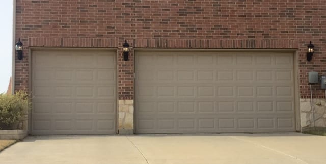Action Garage Doors is the best garage door repair company in Frisco, Texas. New garage doors and installation is our specialty.