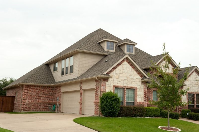 Nice House with new roof