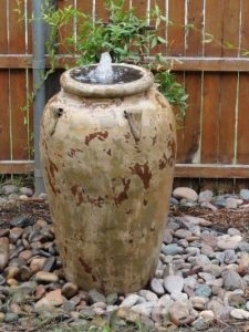 Vase water bubbler