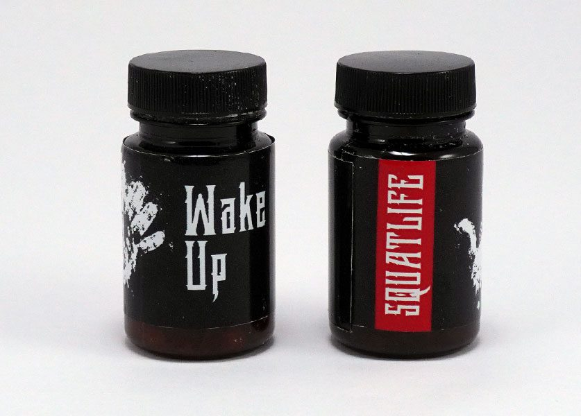 wake up ammonia smelling salts