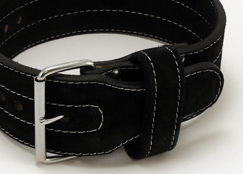 close up of kla single prong belt