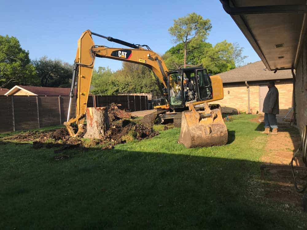 Excavating The Earth with a Large CAT 336 F L Straight Boom
